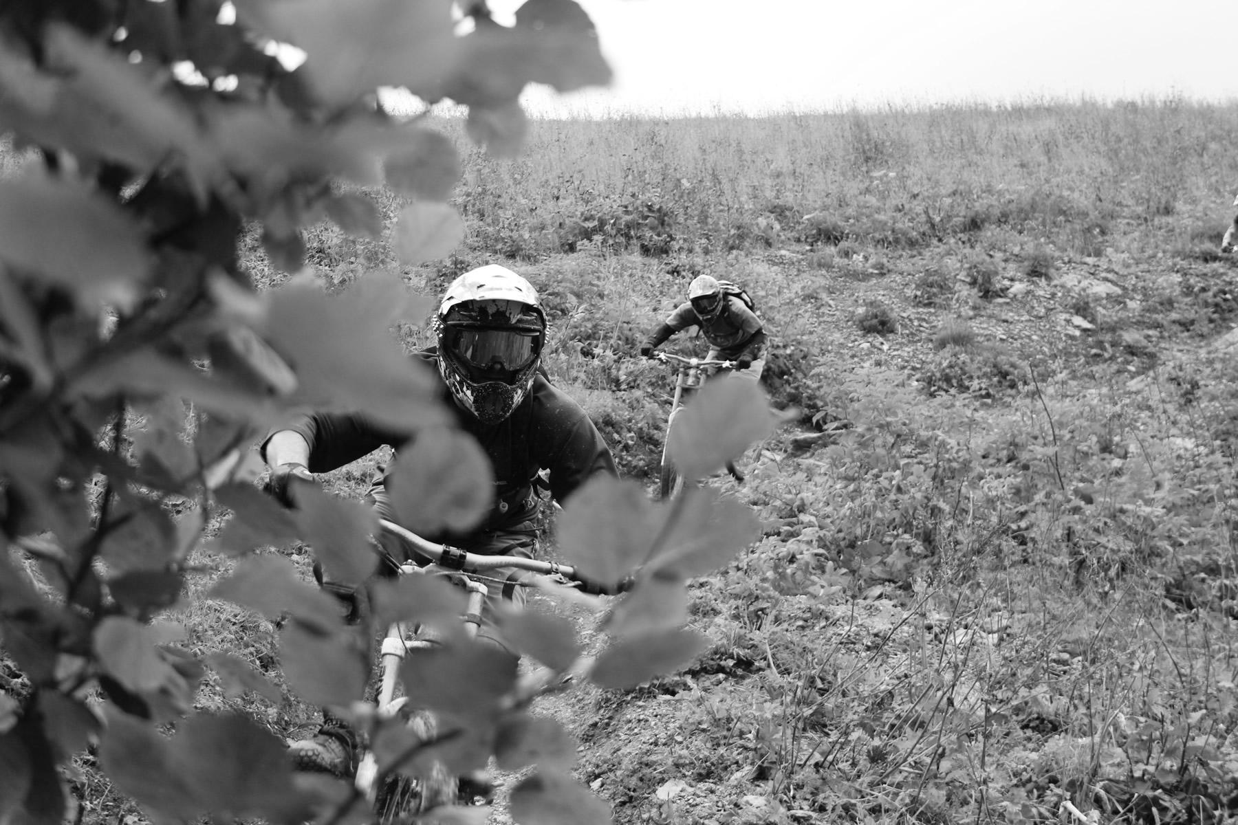 downhill-enduro-mountain-bike-skills-training-france
