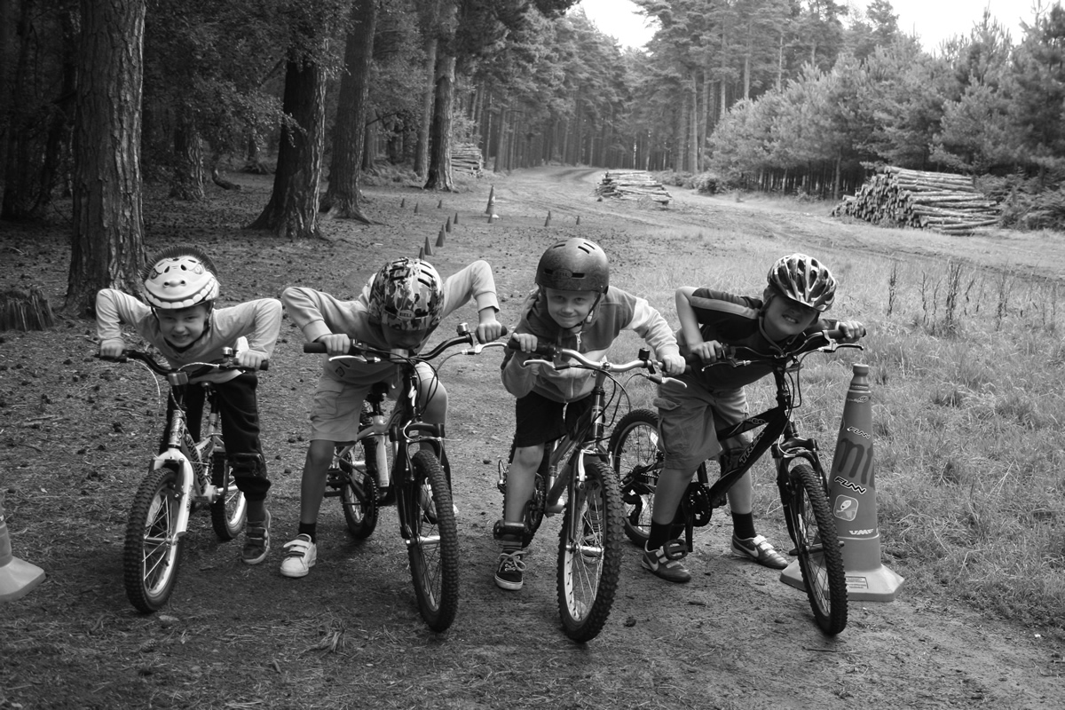 MTB Instruction kids mountain bike skills course