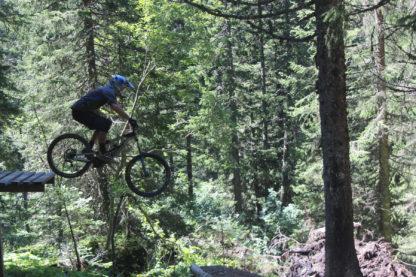 MTB Instruction jumps and drops advanced mountain bike skills training